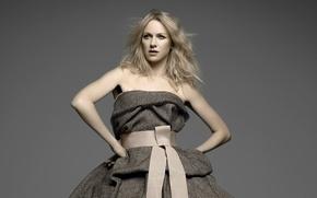 Картинка актриса, декольте, Naomi Watts, серое платье