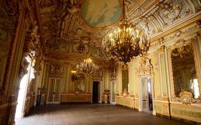 Картинка свечи, двери, дворец, люстры, мальта, palazzo parisio