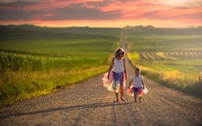 Картинка дорога, дети, девочки, простор, разноцветные, юбки, День независимости США, 4-июля