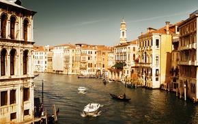 Картинка море, вода, люди, дома, лодки, Италия, Венеция, канал, архитектура, Italy, гондолы, Venice