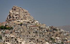 Обои скала, гора, дома, Турция, Каппадокия, Учисар