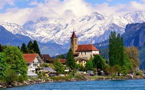Обои лес, скалы, облака, озеро, берег, деревья, дома, горы, Brienz, Швейцария, солнечно
