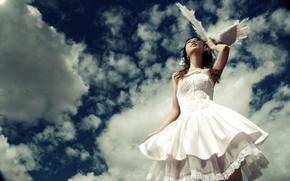 Обои невеста, перья, облака