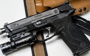 Картинка пистолет, фонарь, кобура, S&W, smith & wesson, 357, M&P, surefire, Military and Police