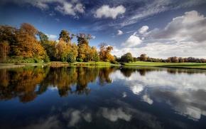 Обои озеро, облака, деревья