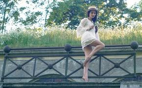 Картинка девушка, ромашки, букет, шляпа, ножки, Romantic summermood with Naya