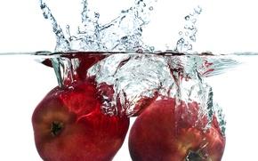 Картинка вода, яблоки, всплеск, белый фон