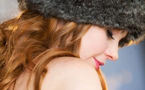 Картинка девушка, лицо, шапка, мех