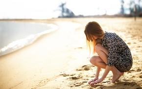 Картинка песок, пляж, девушка, солнце, ножки