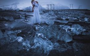 Картинка девушка, горы, лёд, платье