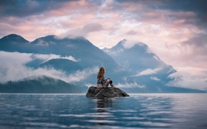 Картинка девушка, пейзаж, горы, камень, вид, даль, островок, Silent Moment, Lizzy Gadd