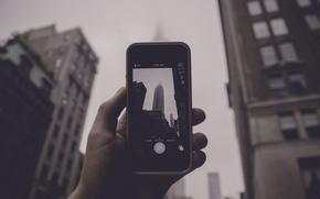 Картинка туман, улица, фотография, iPhone, рука, Нью-Йорк, флаги, Эмпайр Стейт Билдинг, Соединенные Штаты, дождливая