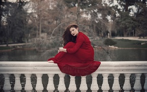 Картинка девушка, лицо, красное, волосы, платье, сидит, усадьба, перилы