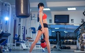 Обои спорт, fitness, Карина, Девушки, брюнетка, тренировка, brunette, попка, фитнес, sport, спортзал, модель, Karina