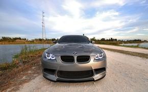 Обои ангельские глазки, вышка, вода, BMW