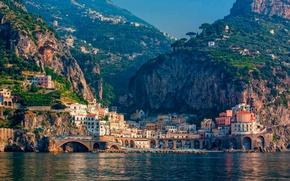 Картинка море, горы, город, дома, Италия
