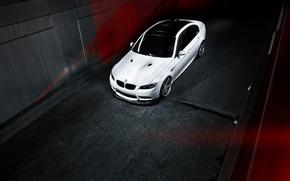 Картинка бмв, BMW, белая, white, тёмный фон