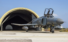 Картинка истребитель, ангар, многоцелевой, Phantom II, F-4E, «Фантом» II
