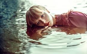 Обои девушка, губки, прелесть, в воде