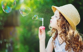 Обои blonde, little girl, cute, playing, happy, lovely, beautiful, bubble