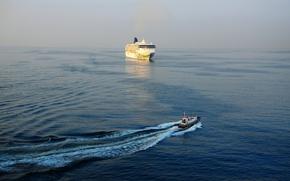 Картинка море, катер, Италия, лайнер, Italy, Неаполитанский залив, Norwegian Spirit, Gulf of Naples