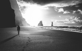 Картинка girl, beach, sky, woman, clouds, mountain, alone, sand, black and white, female, reef, b/w, noir …