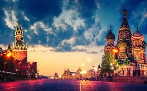Картинка облака, огни, Москва, Кремль, Храм Василия Блаженного, Россия, Красная площадь, сумерки