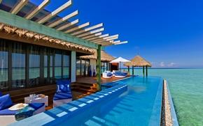 Картинка море, небо, стол, океан, интерьер, кресло, бассейн, мальдивы, бунгало