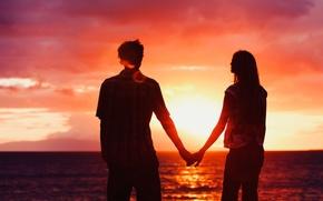 Картинка море, пляж, небо, вода, девушка, солнце, облака, любовь, закат, блики, река, океан, widescreen, романтика, настроения, …