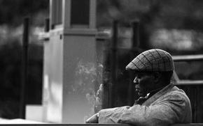 Картинка smoking, hat, cityscape, older man