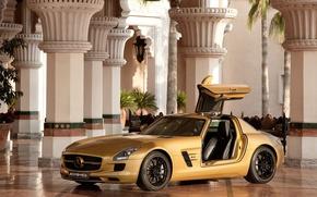 Обои дверь, колонны, зал, золотой, Mercedes AMG SLS63