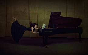 Картинка девушка, ноты, пианино, левитация