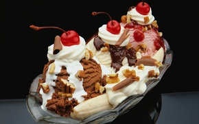 Обои мороженое, десерт, орехи, клубничное, ванильное, шоколадное, вишня, банан