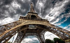 Обои Париж, Эйфелева башня, облака