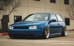 Картинка volkswagen, golf, blue, tuning, coupe, germany, low, stance, mk4