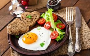 Обои яйцо, завтрак, хлеб, нож, яичница, помидоры, салат, bread, сервировка, egg, Tomatoes