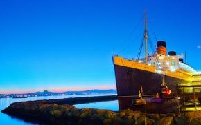 Картинка море, небо, камни, корабль, утро, причал, Калифорния, субмарина, США, лайнер, подводная лодка, Queen Mary, Orange ...
