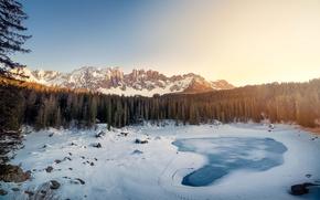 Картинка зима, снег, горы, ели, Италия, Доломитовые Альпы, Южный Тироль, озеро Карецца