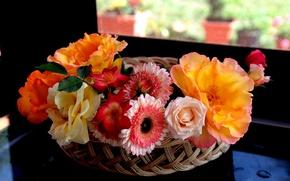 Картинка розы, корзинка, герберы