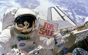 Обои Земля, Космонавт, Продаёт