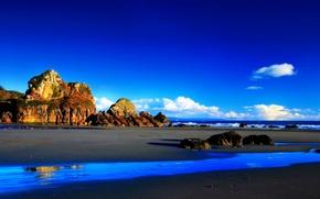 Картинка море, пляж, небо, облака, горы