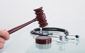 Картинка justice, medicine, law, malpractice