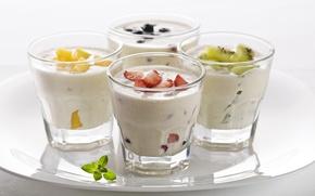 Обои йогурт, киви, фрукты, клубника