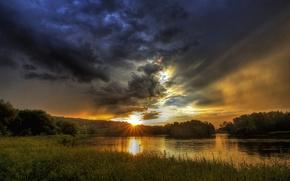 Обои Quebec, деревья, рассвет, озеро, лучи солнца, Sherbrooke, небо, трава, Канада, облака