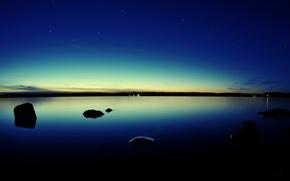 Картинка небо, вода, звезды, закат, lights, огни, камни, вечер, Озеро, сумерки, sky, sunset, water, lake, rocks, ...