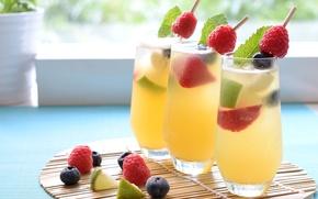 Картинка голубика, напиток, коктейль, ягоды, малина, стаканы, лайм, клубника, мята