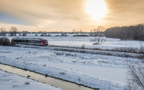 Картинка sea, ocean, seascape, winter, snow, sun, fog, train, railway, countryside, stream, mist, Denmark, cloudy, on …