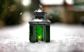 Картинка зима, свет, снег, зеленый, фон, огонь, widescreen, обои, настроения, размытие, фонарь, wallpaper, широкоформатные, background, боке, …
