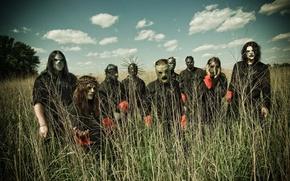 Обои Slipknot, команда, небо на фоне, группа