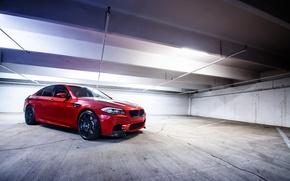 Картинка оранжевый, лампы, чёрные, BMW, освещение, БМВ, парковка, wheels, диски, black, вид сбоку, parking, f10, Sakhir ...